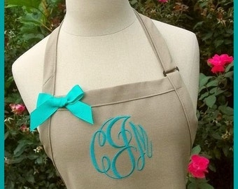Khaki Monogrammed Apron - Personalized Khaki Apron, Neutral Color Aprons, Personalized Baking Kitchen Aprons, Beach Coastal Aprons, Custom