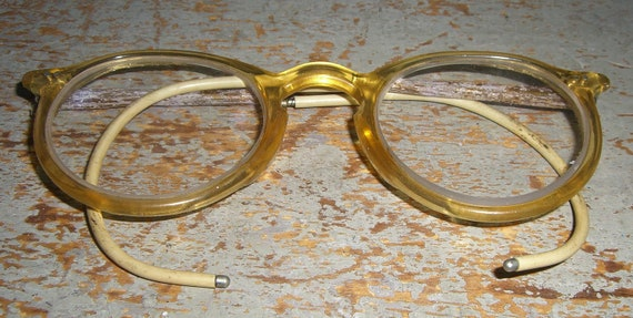 Eyeglass Frame Pieces : Vintage Eye Glasses Flexible Ear Pieces Plastic Frame Old