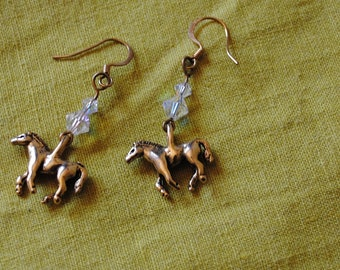 Two crystals horse earrings
