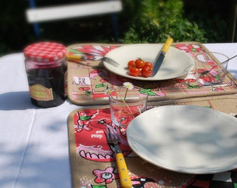 Set of placemat colors screen with swallows and cherries, hessian fabric