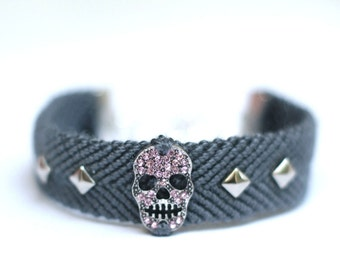 Rhinestone Skull Bracelet. Dark Gray.