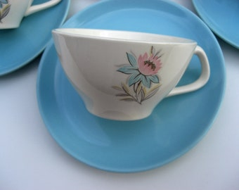 Steubenville Pottery Mid Century - Fairlane Pattern - Cups and Turquoise Saucers - Set of 4 (2 Sets Available)
