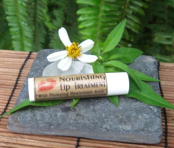 Nourishing Lip Treatment with Plumping Hyaluronic Acid