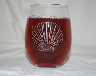 Cape Cod Scallop Etched Stemless Wine Glass