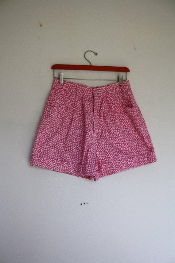vintage 1980's PINK  n WHITE prairie flower high waist shorts 28