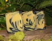 Natural Soap / Bumblebee / Lemon