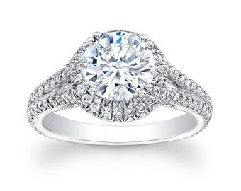 Ladies 18kt white gold diamond engagement ring 0.66 ctw G-VS2 diamond quality with 2ct White Sapphire Round