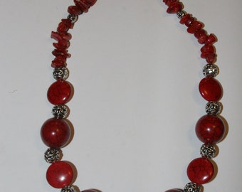 Dyed howlite Chunky Necklace
