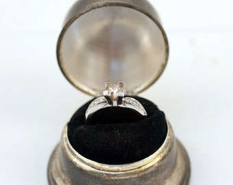 30% OFF Vintage Estate 0.96ct 14kt White Gold Diamond Ladies Ring circa 1960 includes Vintage Silver TOWLE Ring Box