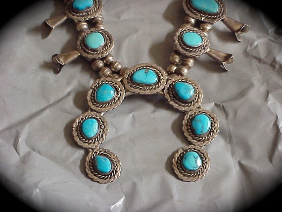 Navajo Southwest Indian Necklace silver and turquoise squash blossom