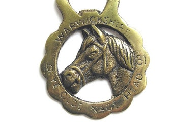 Vintage horse medal, decoration, medallion, bottle opener, brass, Warwickshire 1681 Ye Olde Nags Head, horse lovers collectible