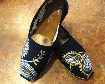 Paisley Bloom TOMS