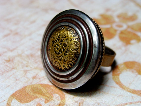 vintage button ring of gold and silver