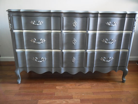 French Light Grey Metallic Dresser/Chest of Drawers/Bureau/Baby Changing Table