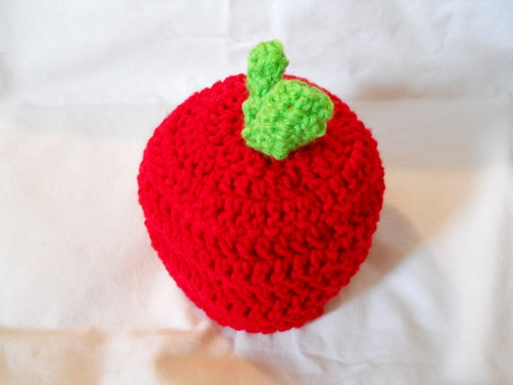 Newborn to infant Apple hat