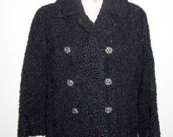 Beautiful Hollywood Regency  Vintage LAMB''S WOOL Coat / Jacket, Double-Breasted with Pockets Fully Lined Short Coat - Sable Black