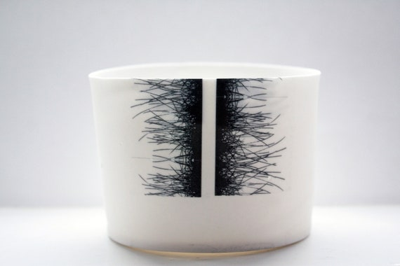 Fine bone china white bowl, mini vase with black grass motif.