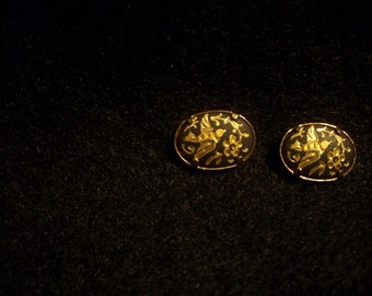 FREE SHIPPING in the U.S.--Vintage Black and Gold Bird Button Earrings