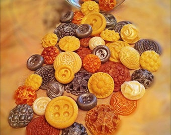 24 Assorted Vintage Edible Buttons