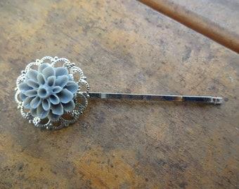 Silver with Gray Cabochon