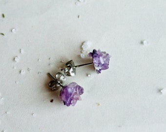 Amethyst stud earrings - Winter Flowers post stud earring
