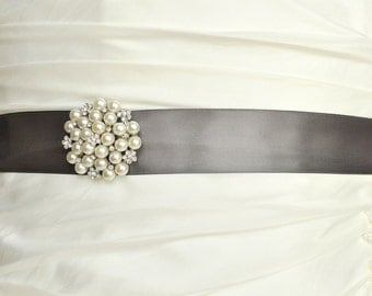 Crystal and Pearl Brooch Wedding Belt, Charcoal Pewter Wedding Sash, Bridal Belt, Bridal Sash, Dress Sash, Bridesmaid Belt, Dark Gray Sash