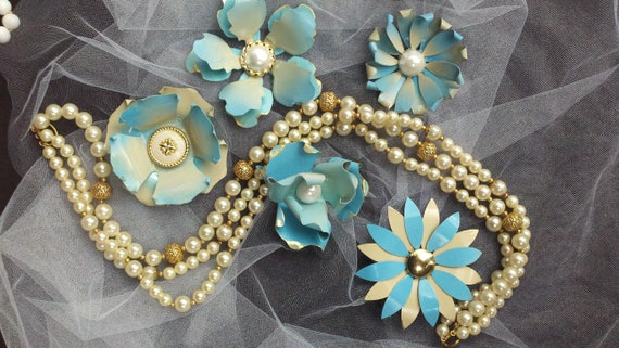 Enamel Flower Brooches Pins Vintage Style Aqua Light Blue Ivory Wedding Bridal Bouquet Lot of 5