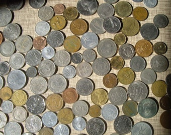 Over 1 pound 100+ foreign coins lot  pile o money  world coins  vintage old  steampunk