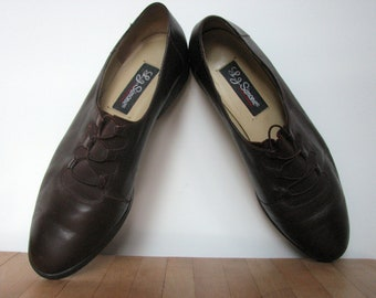 Brown Oxford Shoes /  1980s Leather slip on / size 8.5