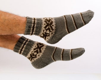 """MEN SOCKS """"Hiker's Choice""""  Hand knitted from natural grey wool yarn.  Great for hiking."""