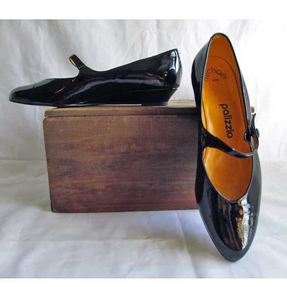 8N Black Patent Leather Shoes by Palizzio. Vintage 1960's Made in Spain