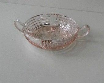 Wonderful Anchor Hocking Manhattan Pink Depression Glass Bowl/Dish with Handles