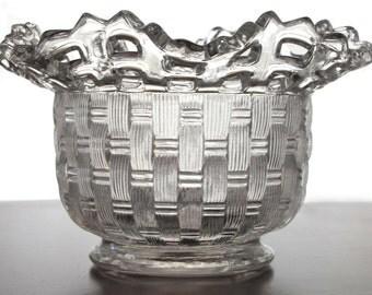 Fenton Basketweave Dish Ruffled Open Lattice Top