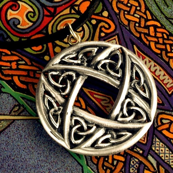 Intricate Celtic Sterling Silver Pendant, Unique Circular Design with Trinity Knot with Chain CP-40