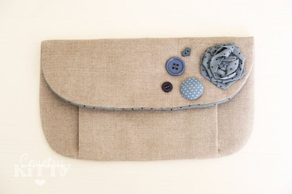 Linen and blue pleated pouch - blue and navy dots fabric - buttons and rose