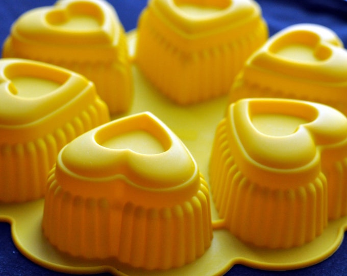 Silicone Soap Molds Cup Cake Chocolate Jelly Pudding Candle Mold Mould - 6 Heart