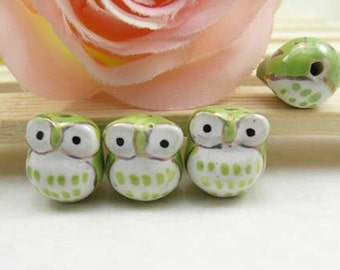 10pcs 16mm Handpainted Cute Ceramic Owl Beads Owl Charms Connectors