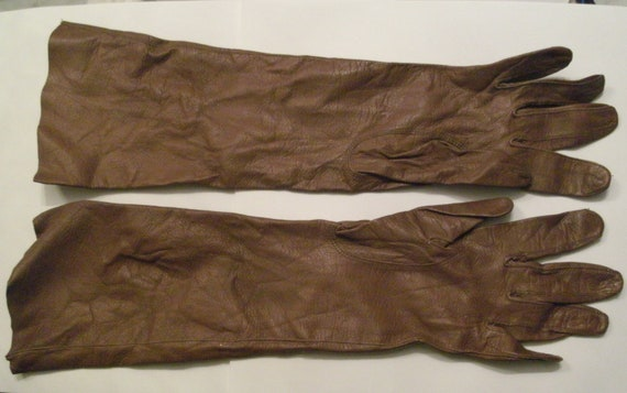 Vintage Leather Gloves Hand Made 1950's Size 6.5 Carson Pirie & Scott (Carsons)