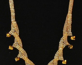 Gold necklace, beadwoven, hand made.