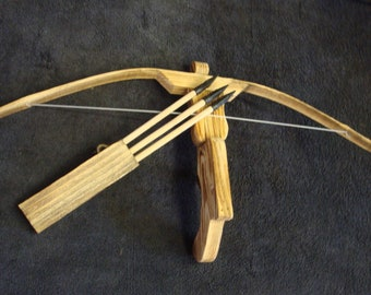 Childrens Toy Bamboo and Wood Crossbow and 3 Rubber tipped Arrows youth archery toy gun cross bow