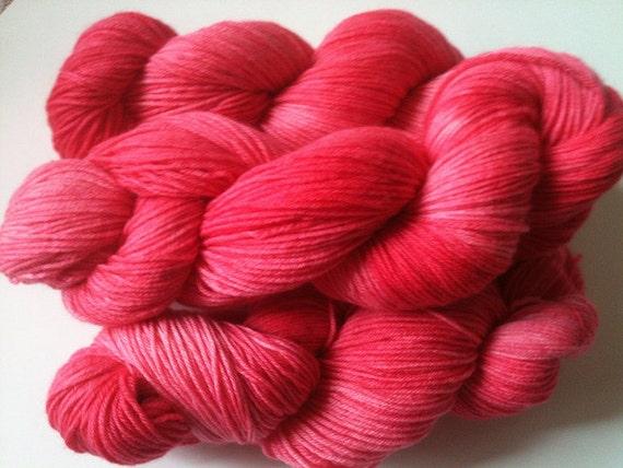 FLORIDA FLAMINGOS Springy Superwash Merino/Cashmere/Nylon (MCN) Fingering Sock Yarn