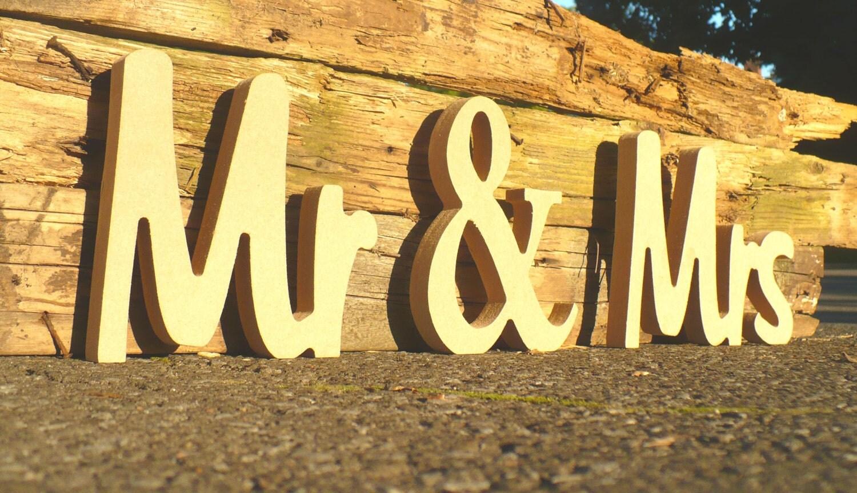 Unpainted Mr & Mrs Wedding sign. Custom wooden wedding table decor ...