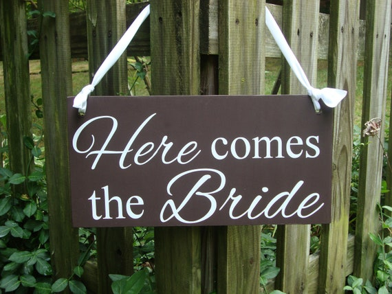 Here comes the Bride wedding sign, wood sign, wedding decor, ring bearer sign, brown wedding, Bride to be, wedding signage