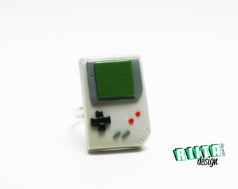 ring retro geek tiny video game
