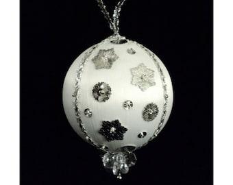 Christmas Ornament - Snowfall