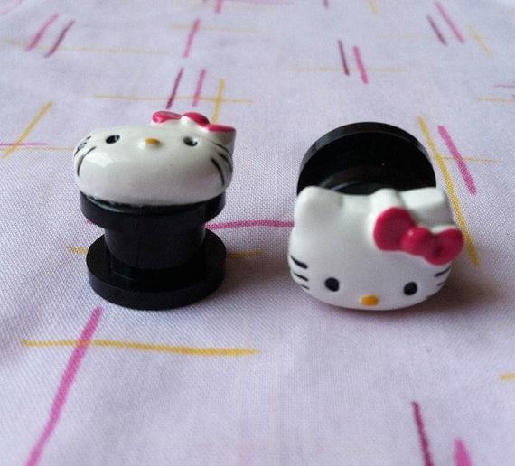 Black 1/2 inch Resin Hello Kitty Plugs