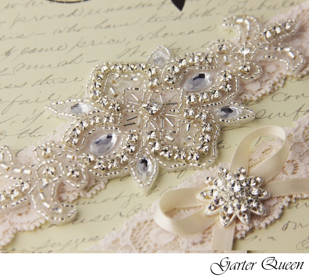 Lace Wedding Garters: Wedding Garter Set Ivory Lace Bridal Garter Set Lace Wedding