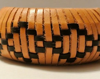 Leather Bangle Woven in Open Diamond Pattern