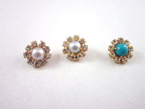 3 Vintage rhinestone buttons