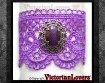 Bracelet Purple Lace Cat's Eye Cabochon Victorian Vintage Style Elegant Lolita VictorianLovers Italy
